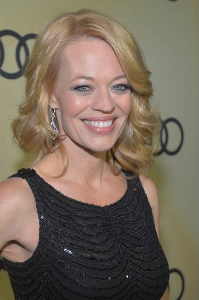 Jeri Ryan brown color hairstyles Pictures (4)