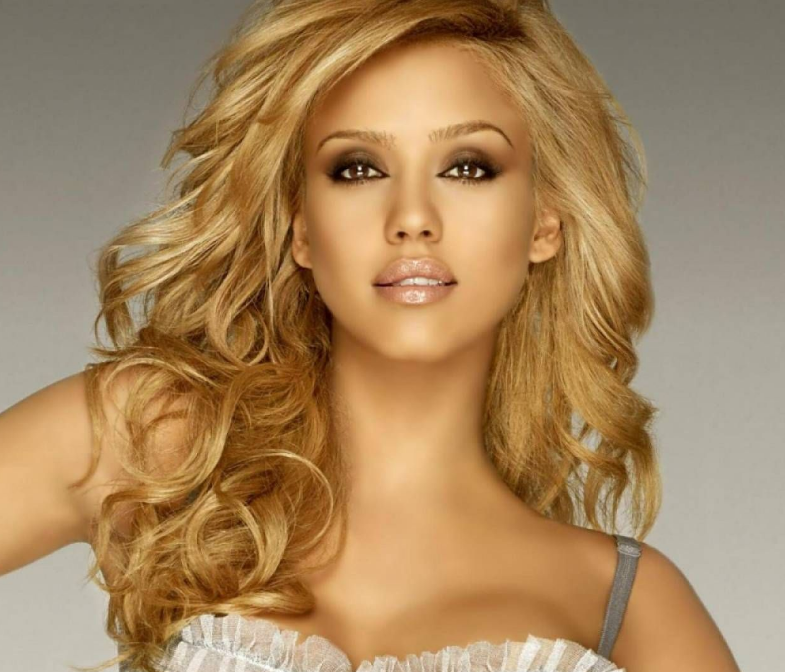 Jessica Alba Hairstyles With Blonde Color Hairstyles