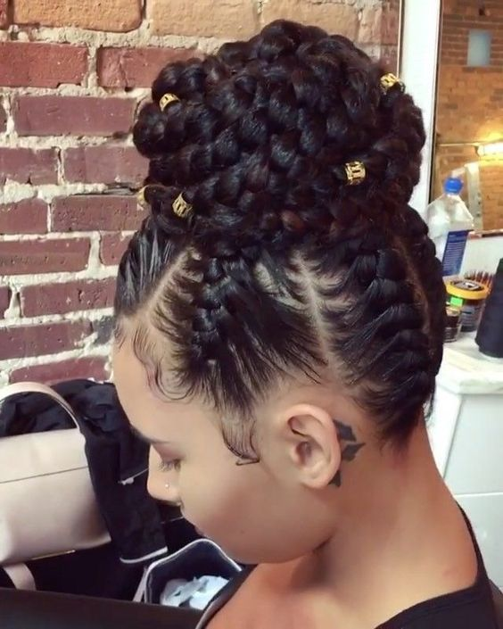 Pretty Braids Top Bun